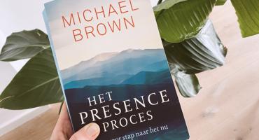 the presence proces - recensie