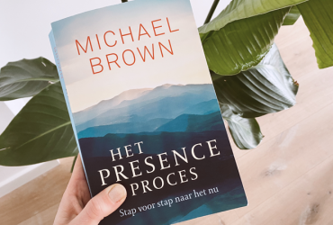the presence proces - recensie